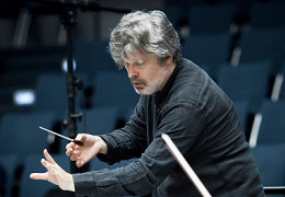 James MacMillan conducting, © Hans van der Woerd.