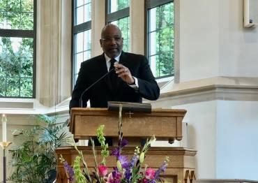 Dr. Ralph D West preaches in Goodson Chapel.