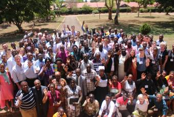 Participants in the 2017 GLI gathered for a group picture after one of the plenary sessions.