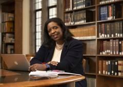Lynn Holmes in library