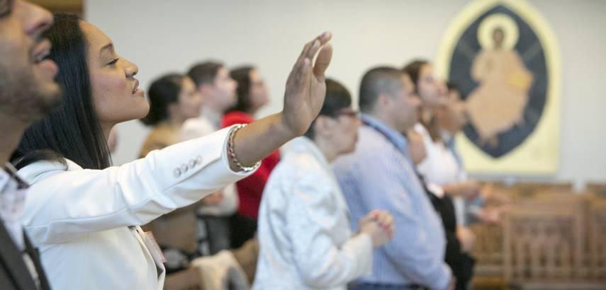 Worship in Goodson Chapel at Hispanic Preaching Festival